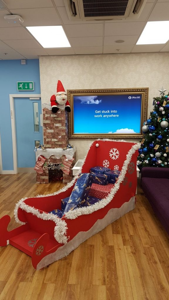 MID Comms Roadshow Mission Christmas donation box competition winner